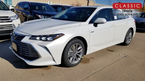New 2020 Toyota Avalon Hybrid HYBRID XLE FWD Sedan