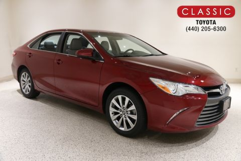 Certified Pre-Owned 2017 Toyota Camry XLE FWD Sedan