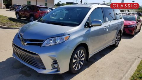 New 2020 Toyota Sienna XLE AWD Regular