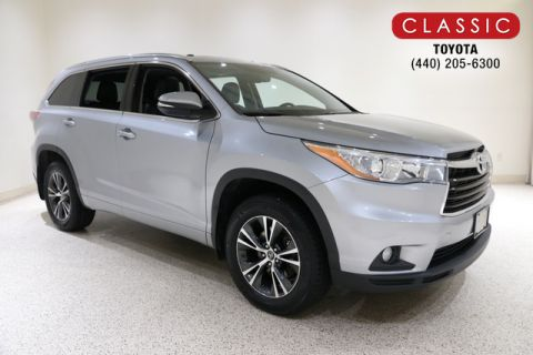 Certified Pre-Owned 2016 Toyota Highlander V6 XLE AWD SUV