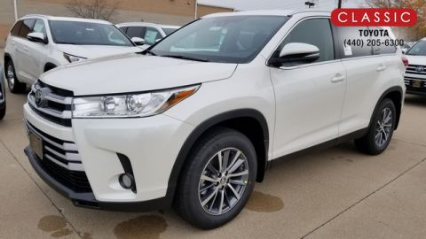 New 2019 Toyota Highlander XLE AWD SUV